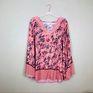 NWT suzanne betro floral  tunic